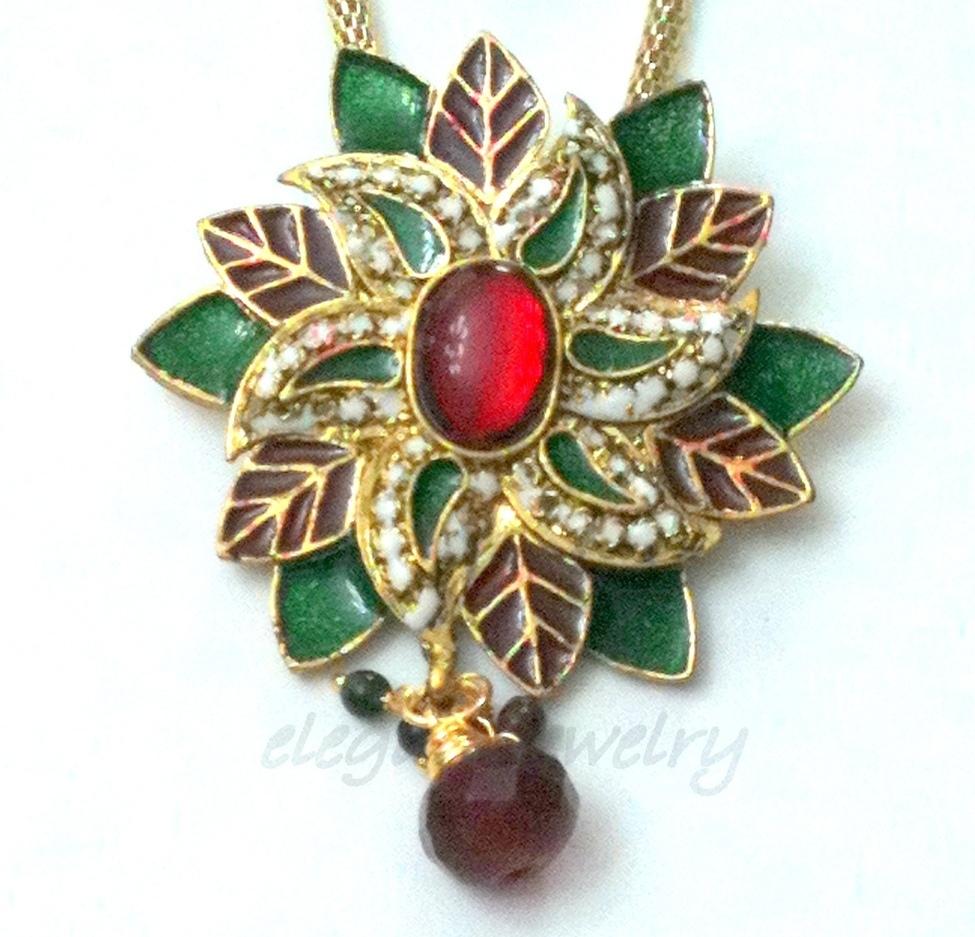 Flower pendant set