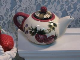 Oneida China Dinnerware Strawberry Plaid Individual Teapot - $22.99