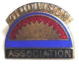 Vintage 41st Army Infantry Division Association Screw Pin  - $9.89