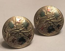 VTG Gold Screw Back Earrings Round Medallion Repousse Vine Leaves Art No... - $12.00
