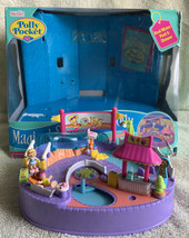 Vintage 1997 Polly Pocket Magical Swimabout Polly Pool Party COMPLETE w/Box - $138.56