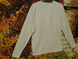 Women's Long Sleeve Stretch Trim Fit Pullover Shirt By Murano / Size L - $8.75