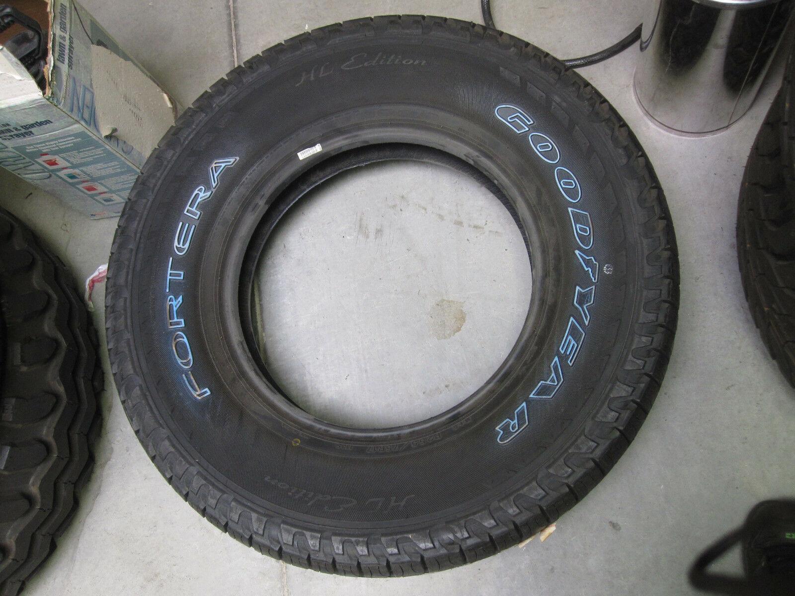 Goodyear Fortera Tire 255/75R17 113S NOS DOT 3904