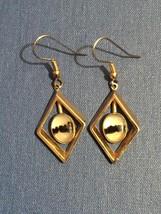 Vintage 70s Gold Diamond-shape Dangle Montana Agate Earrings - $40.00