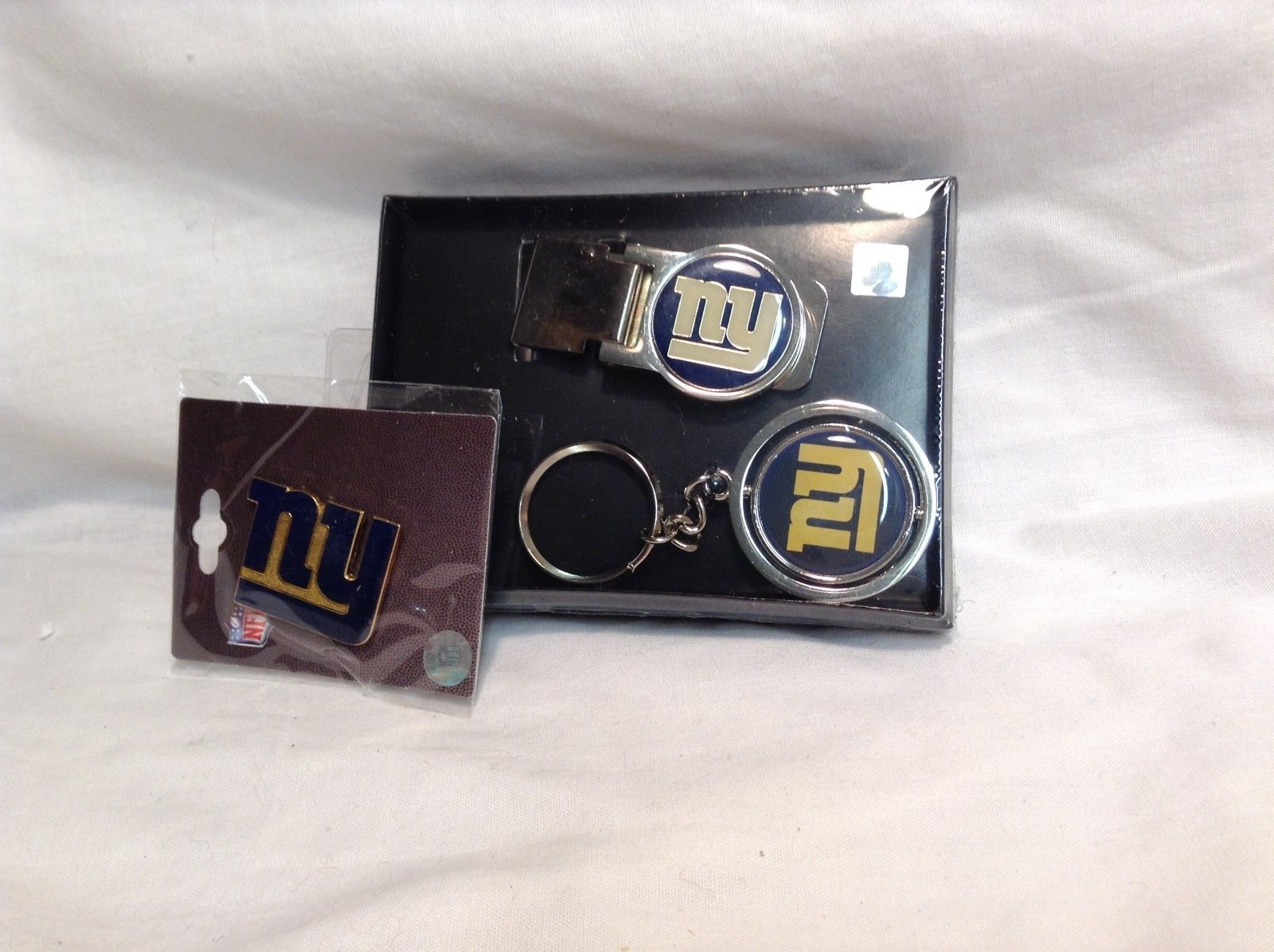 NEW Certified NFL New York Giants Accessory Kit