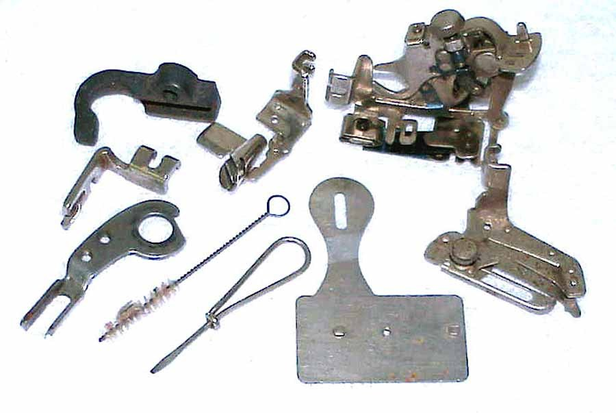 1936 Singer Buttonhole + Other Attachments Instructions & Box