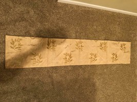 Gold table runner leaf embroidery - $37.61