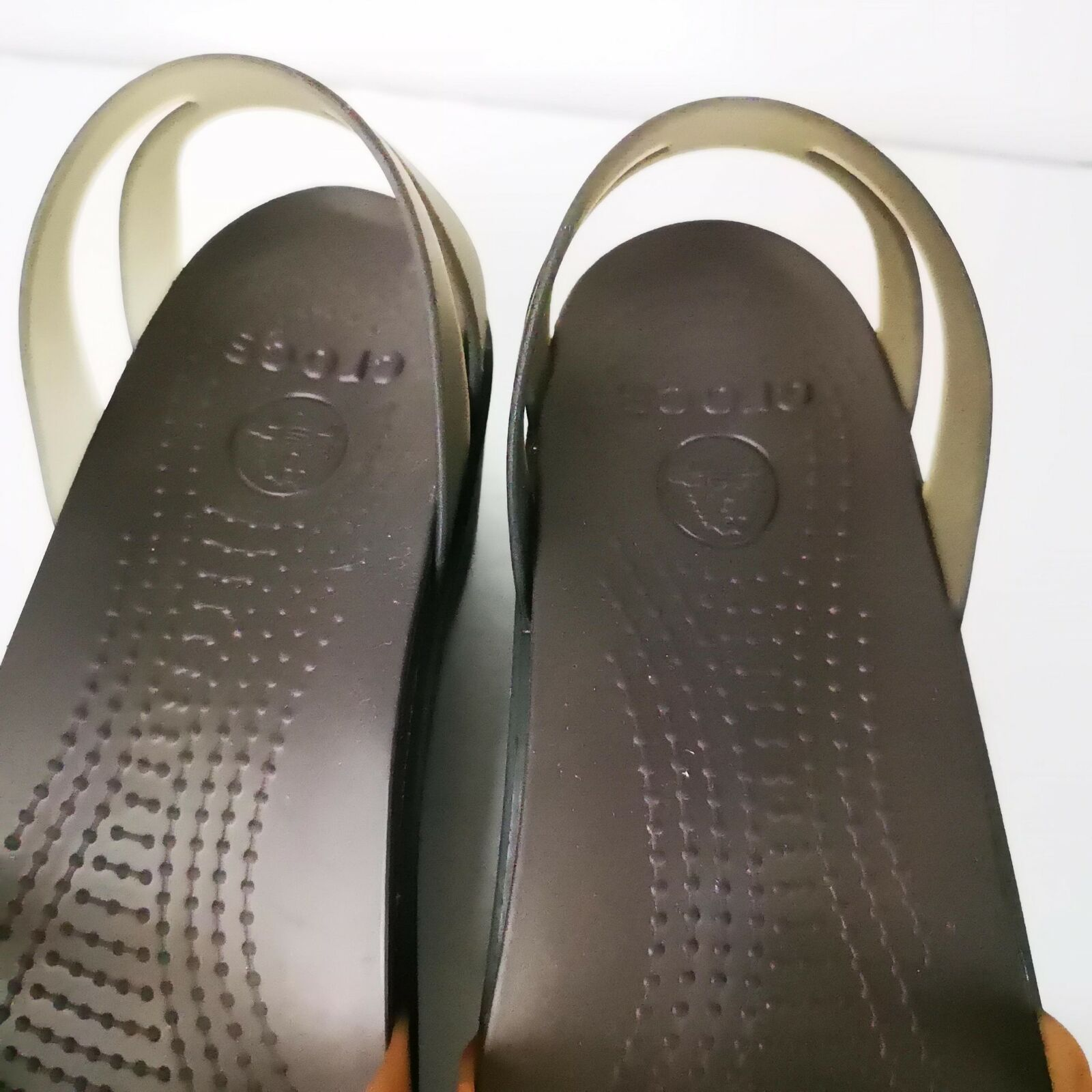 Crocs Sandals Sz 9 W Wedge Brown Neutral Comfort Fancy
