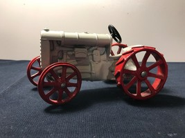 Fordson Red and white 1/16 Tractor diecast - $19.34