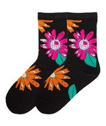 Daisies K Bell Crew Sock Relax Top New Women Extended Size 8-12 X-Large ... - $8.95
