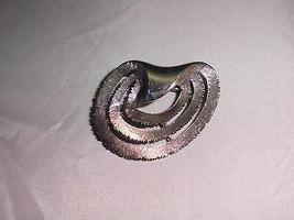VTG JJ Signed Silver Tone Textured Modern Modernist Brooch Pin - $14.85