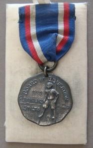 VINTAGE STERLING SILVER 1926 BOARD of EDUCATION PLAYGROUNDS STILTS MEDAL NICE