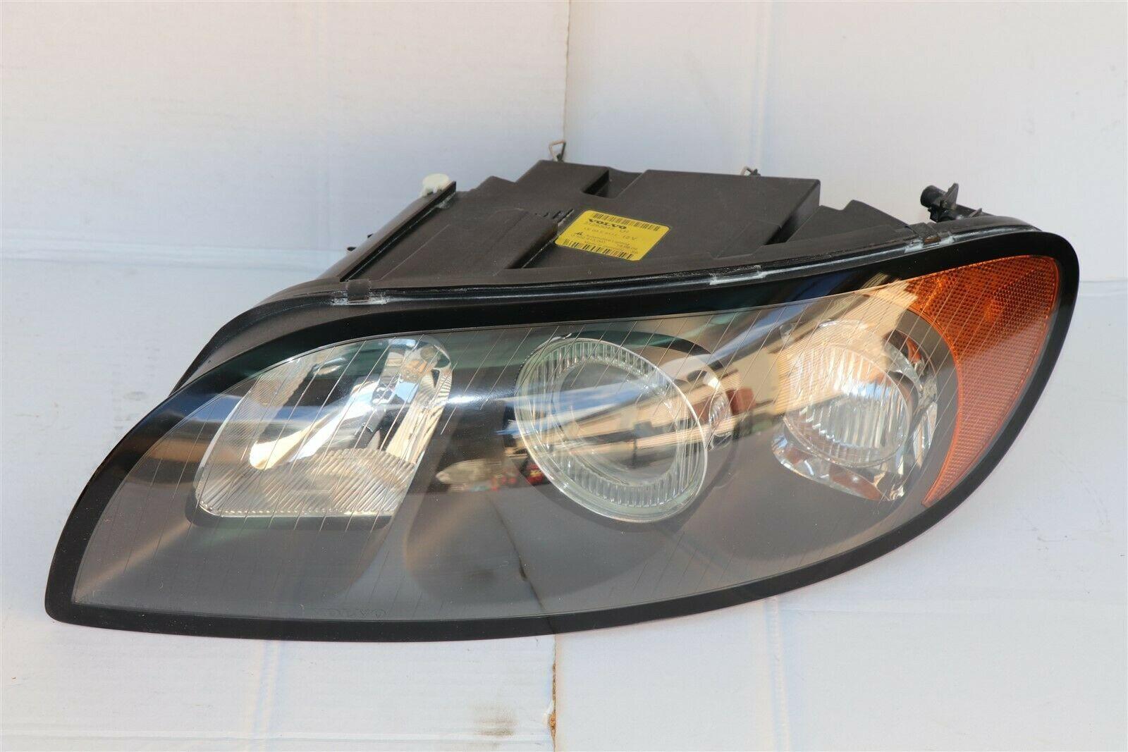 06-10 Volvo C70 Convertible Halogen Headlight Lamp Driver Left LH