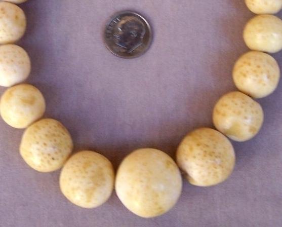 Necklace  Bone  Natural 18 in  Graduated Vintage