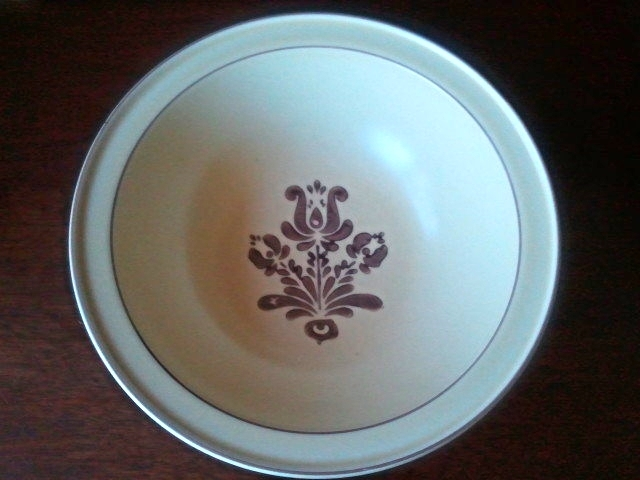 Primary image for Pfaltzgraff Village Round Vegetable Serving Bowl