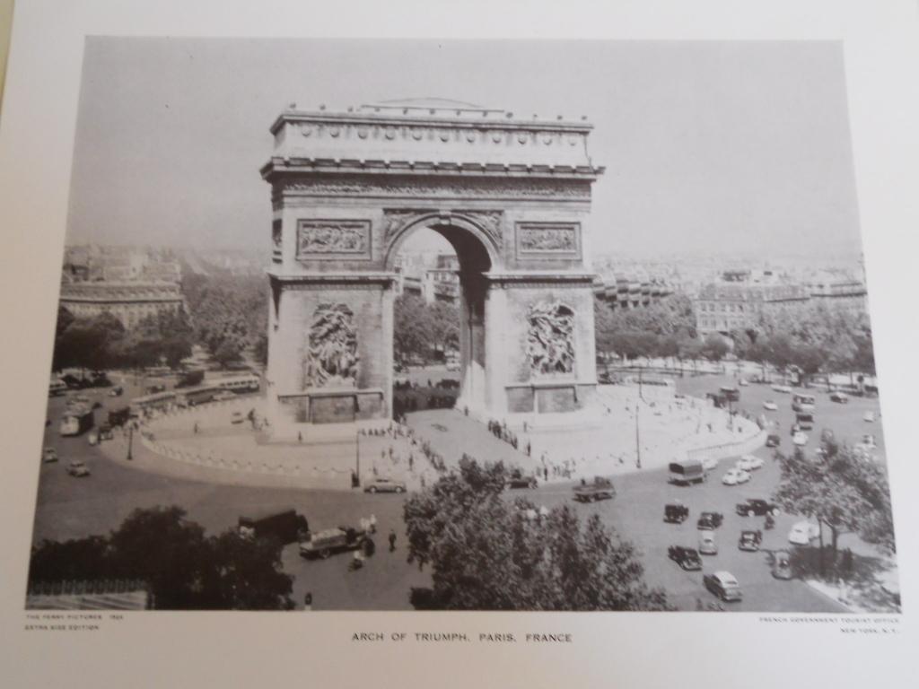 1526 arch of triumph  paris