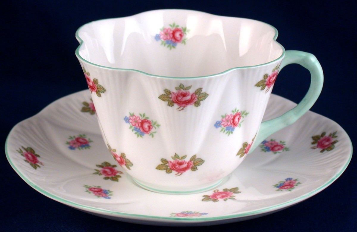 shelley rosebud cup saucer dainty shape 13428 fine bone china england shelley. Black Bedroom Furniture Sets. Home Design Ideas