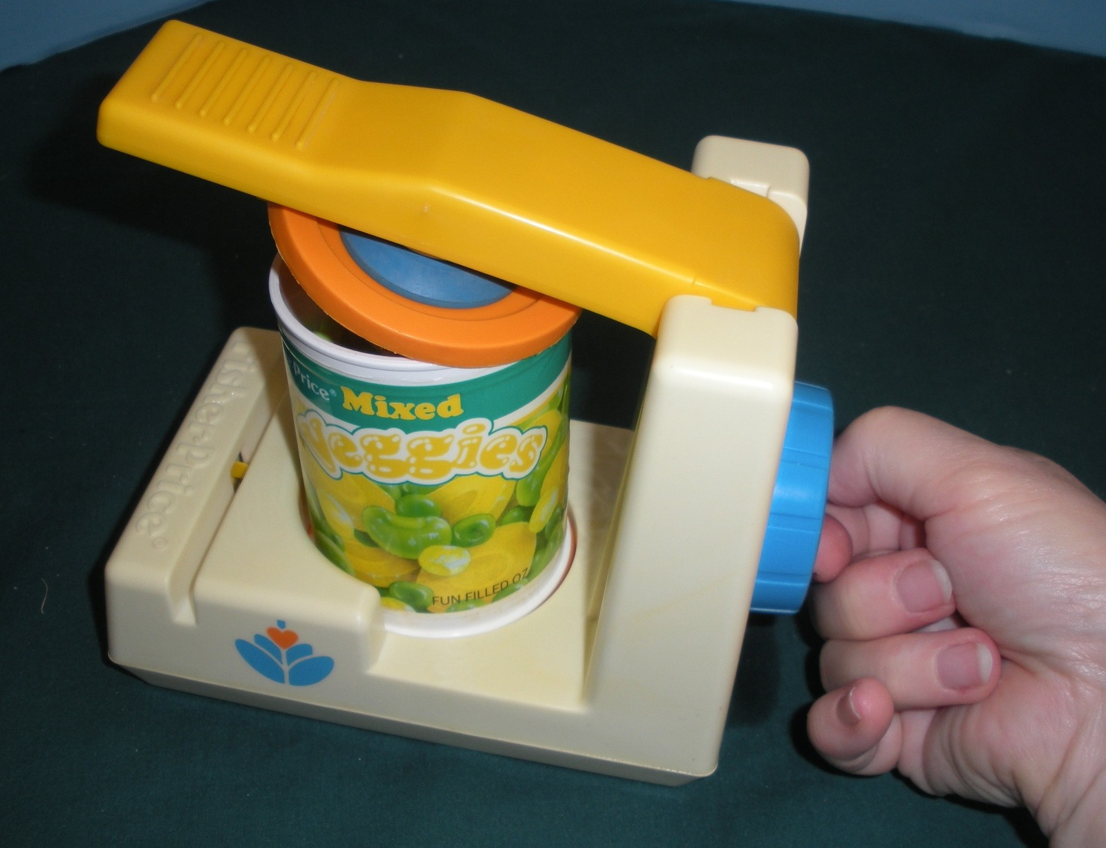 Vtg. Fisher Price Fun with Food #2112 Pop Top Can Opener VG-VG+ (H) (Rough Room) image 6