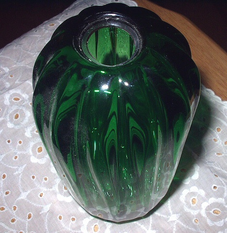 Chatham Glass Co.-SIGNED-Deep Emerald Green Decorative Art G