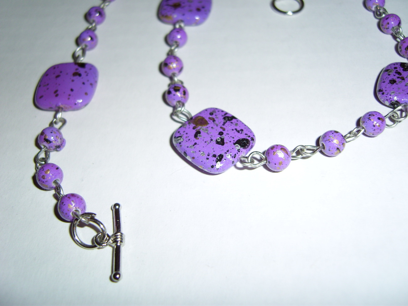 Handmade purple speckle beaded necklace