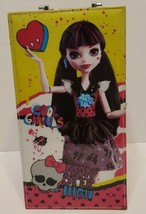 """Monster High """"Draculaura"""" Fashion Doll Case Light Up Ghoul Beauty Collec... - $19.79"""