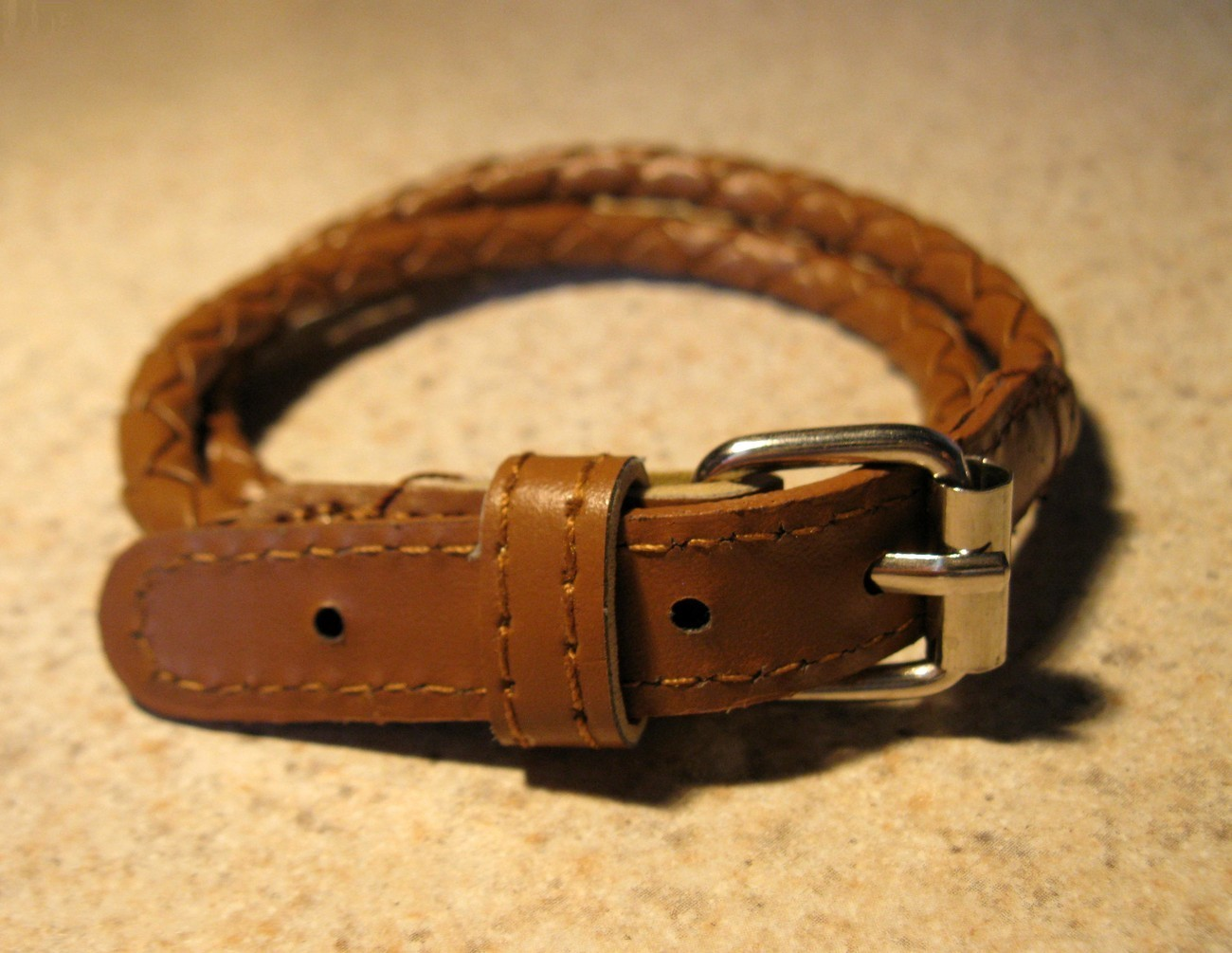 E 820 brown wrap buckle bracelet