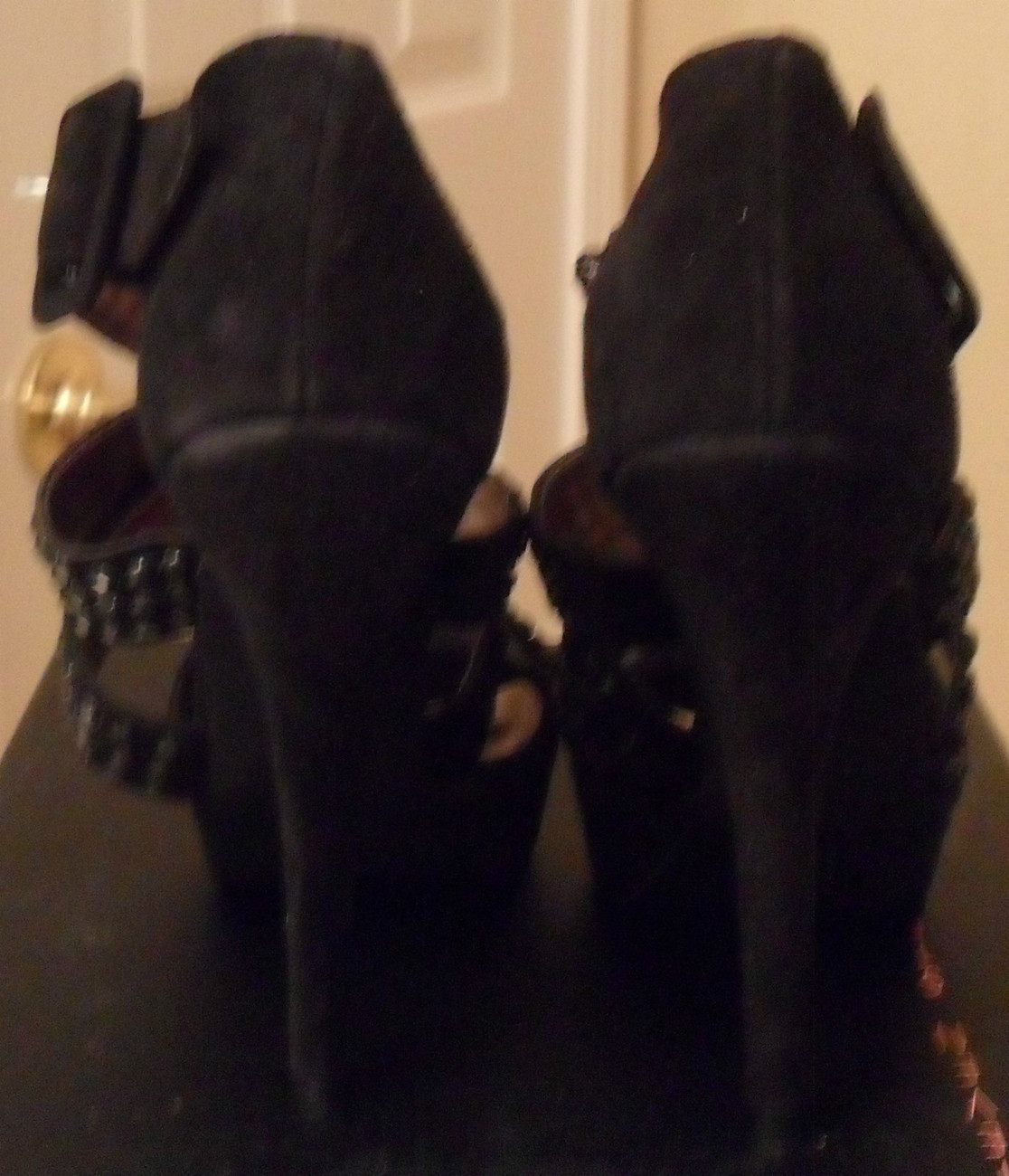 NIB STEVEN By STEVE MADDEN Flaash Black Suede Sandals 8 NEW (MAKE AN OFFER)