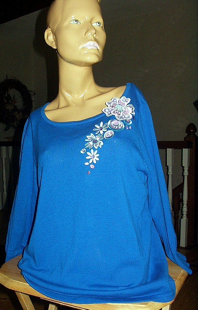 Bob Mackie Womans Top-Size M-Ocean Blue Blouse,Floral Embell