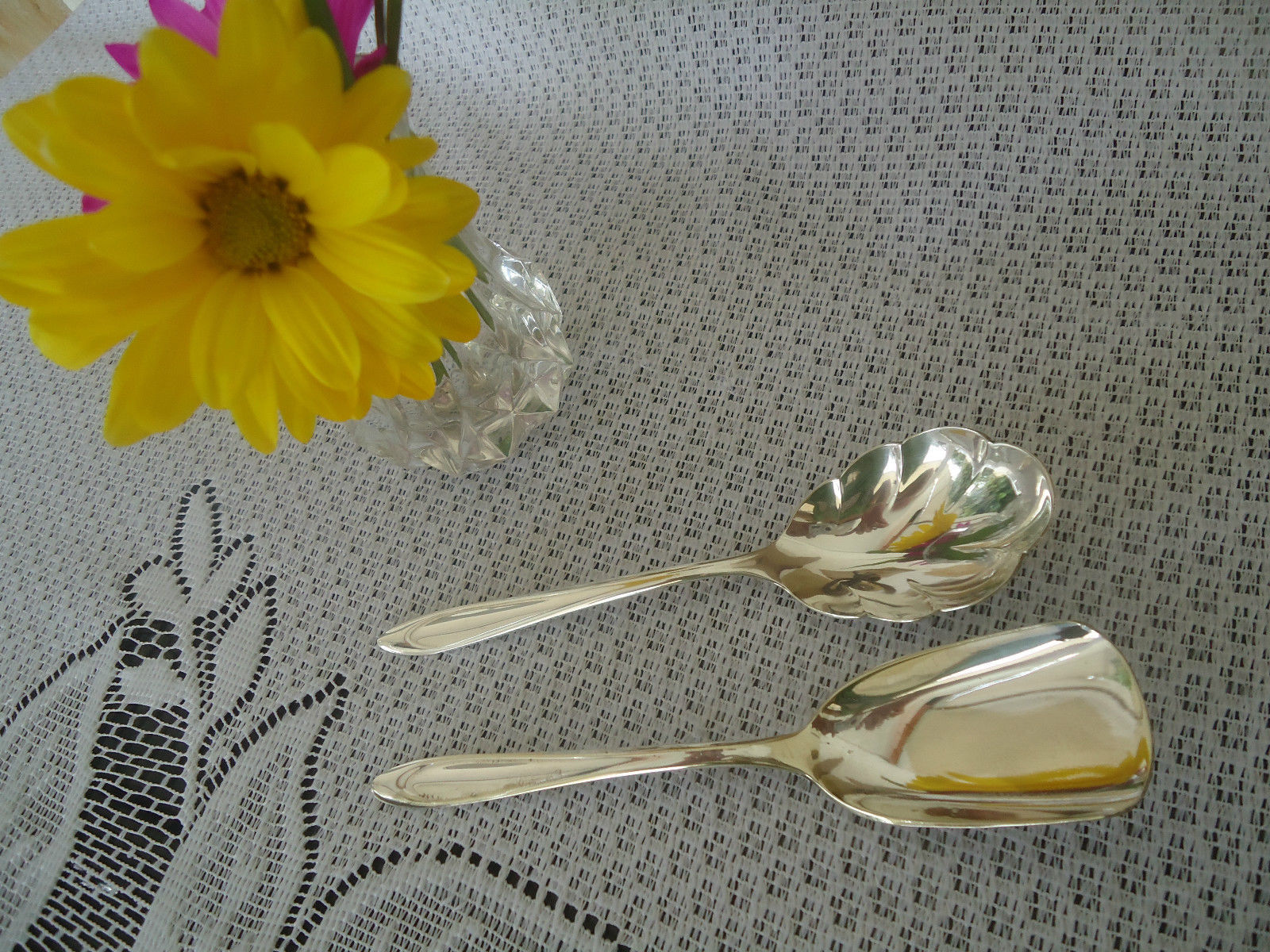 "Primary image for Vintage "" First Lady"" Pattern - 1960 Meriden Silverplate Co. 2 Piece Sugar Set"