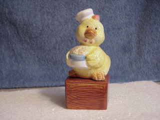 Novelty Baby Chick sitting on Box Salt & Pepper Shakers