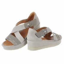 $109 EARTH Hibiscus Sandals Pale Gray Metallic  7.5 B - $82.05