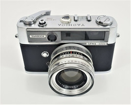Yashica Lynx 5000 Camera 35mm 1:18 f  4.5cm with Case - $48.02