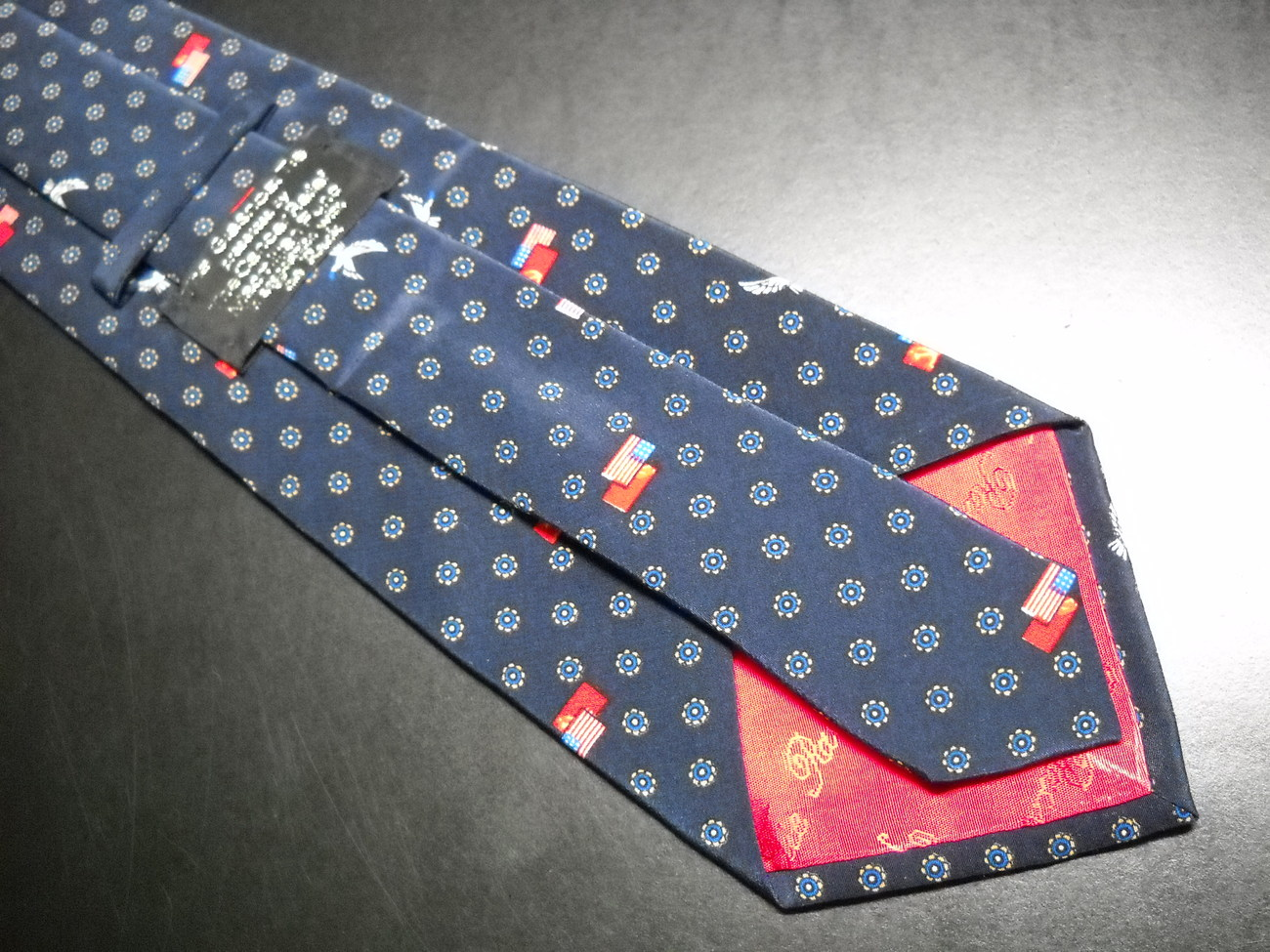 Glasnost Neck Tie Cancer Relief Macmillian Fund Blue Doves By Tie Rack