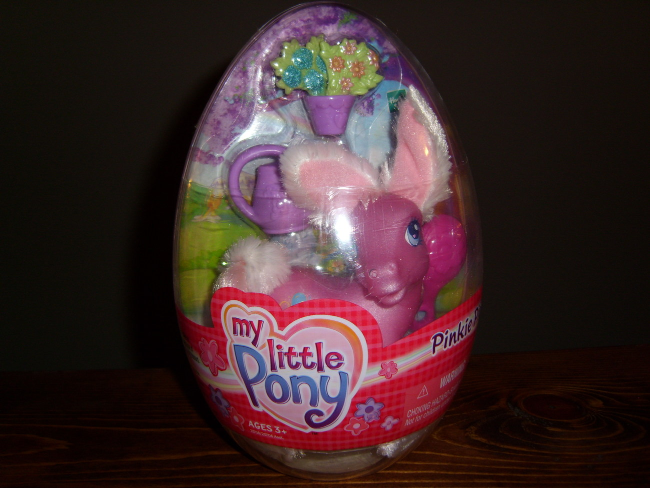 My Little Pony MIB Easter Pinkie Pie in Egg