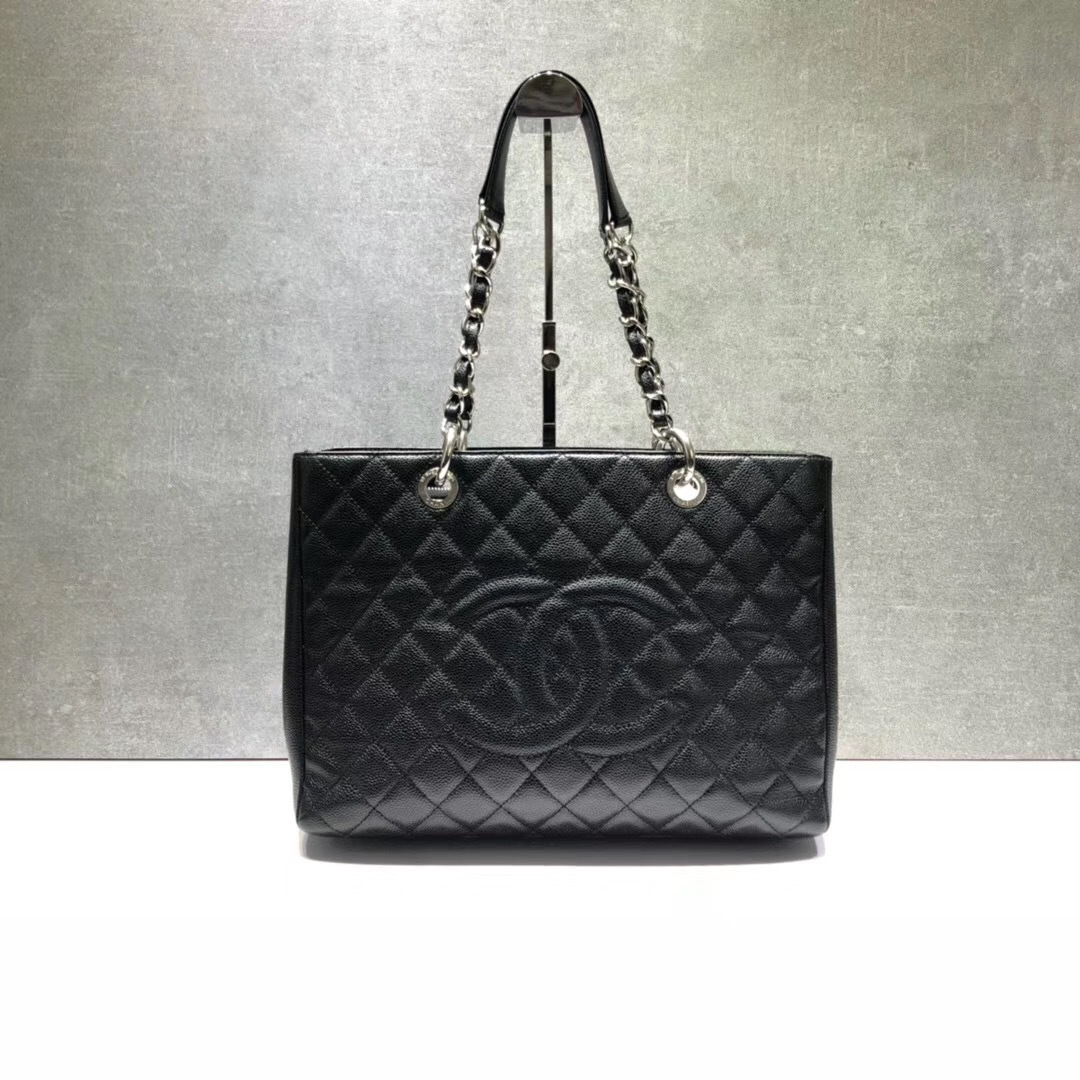 1f1fd480ed12 BRAND NEW AUTH CHANEL QUILTED CAVIAR GST GRAND SHOPPING TOTE BAG SHW ...