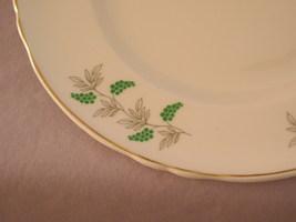 Crown stafforshire plate2 thumb200