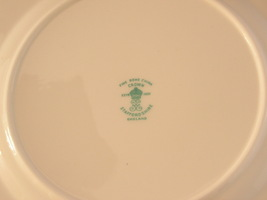 Crown staffordshire plate4 thumb200
