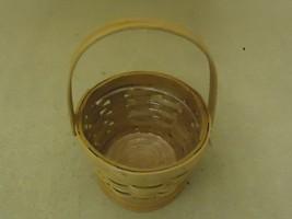 Designer Basket 7in Diameter x 5in H Woodtone Handle Plastic Liner Wicker - $10.79
