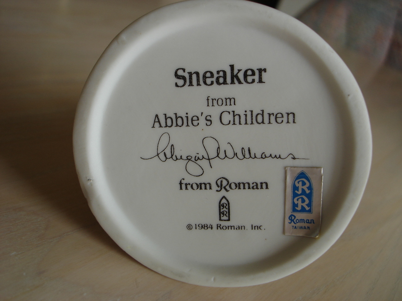 Vintage 1984 Roman Porcelain Abbies's Girl Child Figurine Grass Sneakers