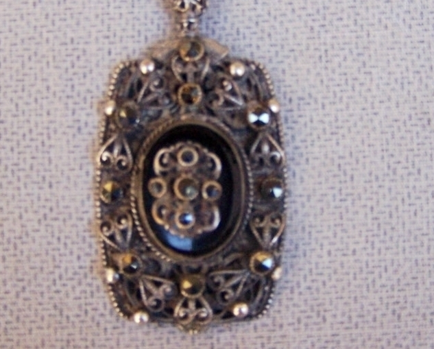 Pendant   Antique/Vintage  Black Crystals  Black  Silver