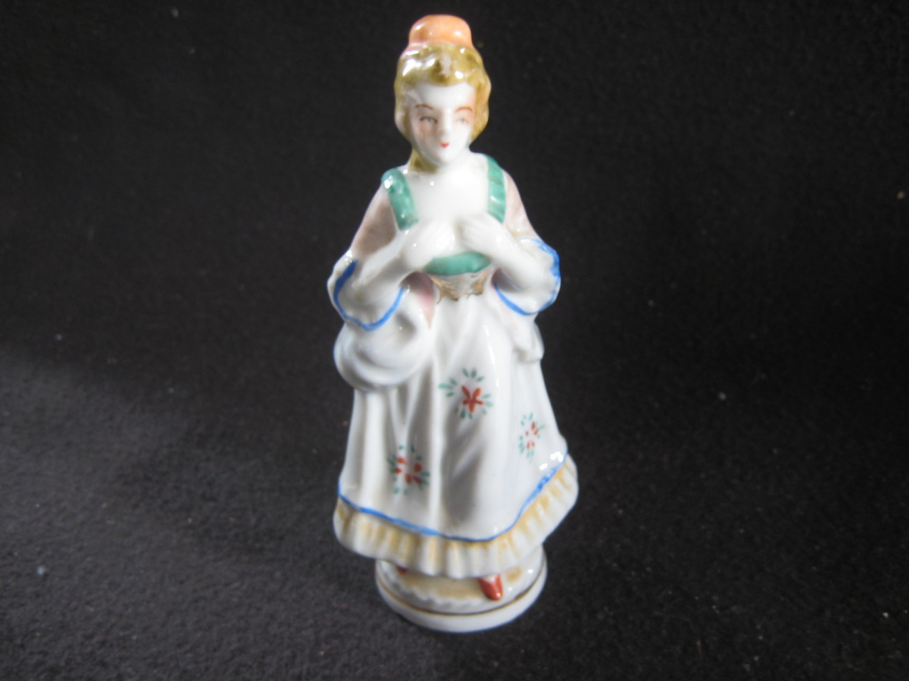 Occupied Japan Figurine Lovely Lady