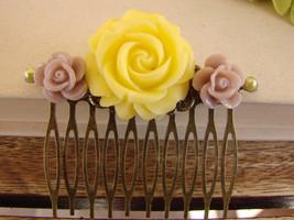 Yellow Rose Wedding, Beige Comb, Rustic Comb, B... - $4.98