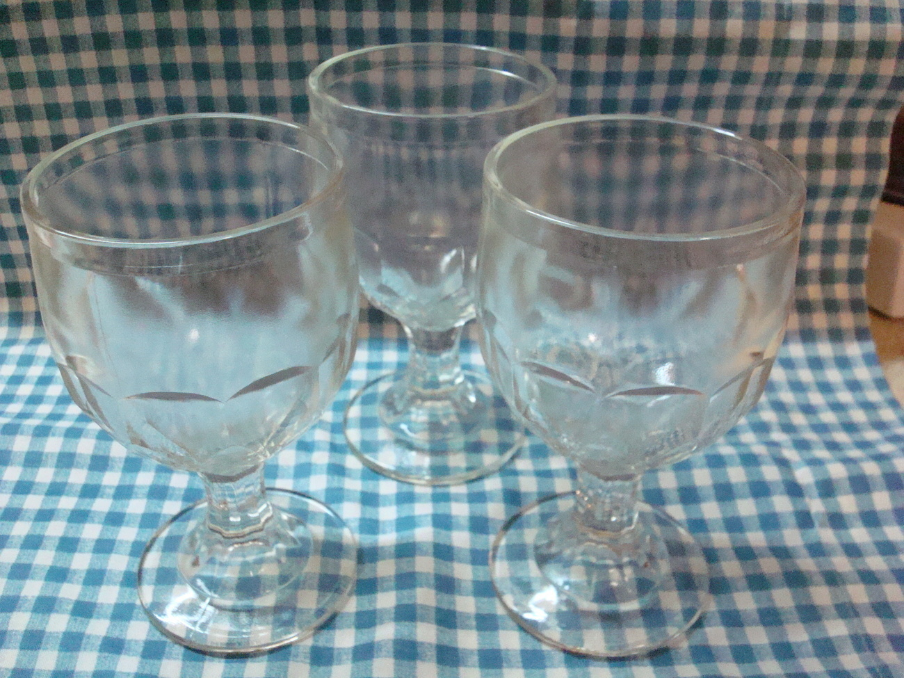 3 Vintage Heavy Glass Peanut Butter Goblets Footed Glasses Water Beer Root Beer