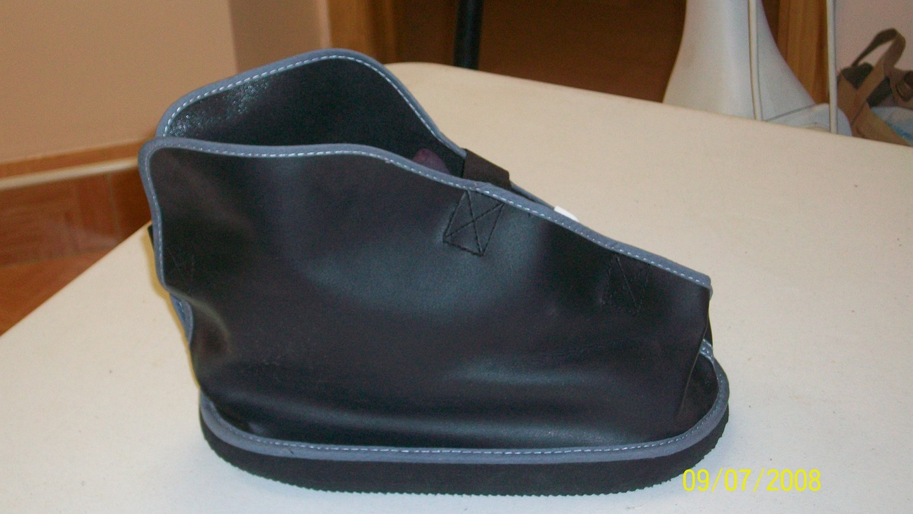 Post-Op Shoes - Top Post-Op Shoes Designs For Recovery After Foot/Ankle Surger