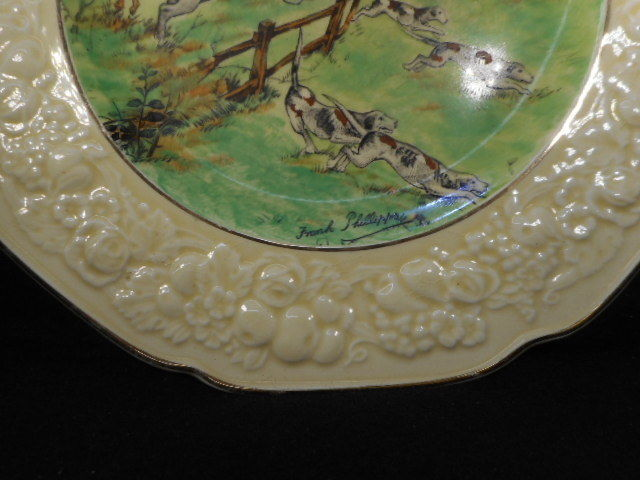 Crown Ducal Signed Florentine Hunt Scene Plate 2 Horsemen Jumping w/Hounds