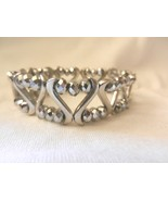 New  Silver  Beads Stretch Heart Wave Sparkle n Dazzel Bracelet  - $5.00