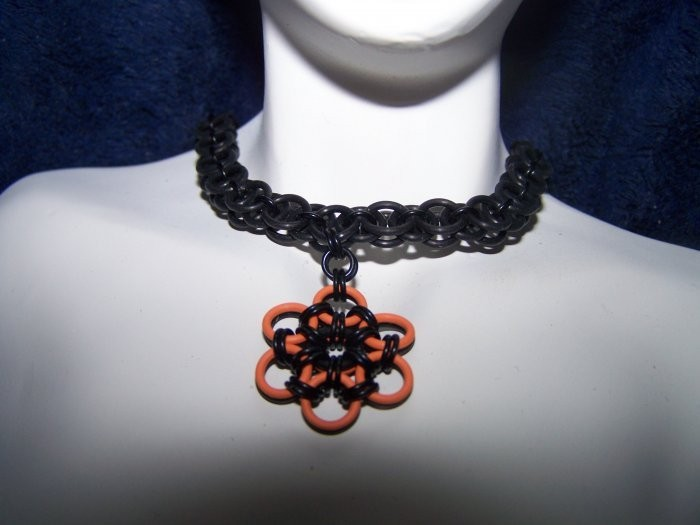 Reversable Rubber Helm Chainmaille Choker with Pendant