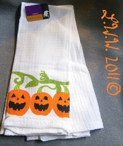 2 White Pumpkin Jack-'o-lantern Halloween Waffle Knit Towels 100% Cotton  - $5.99