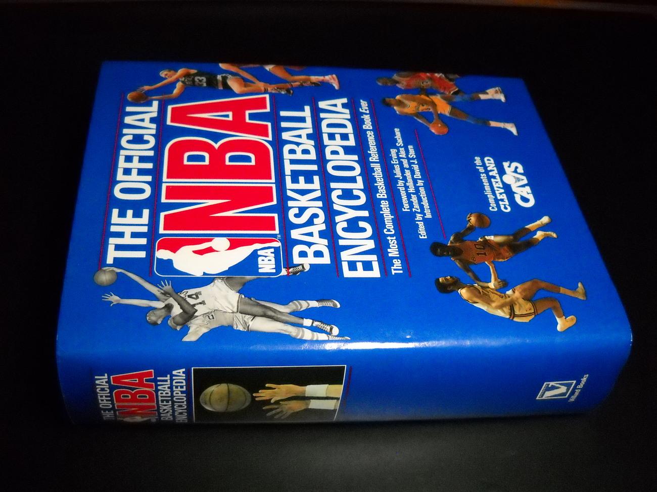 Book the official nba basketball encyclopedia 1989 villard books compliments cleveland cavs hcdj 02