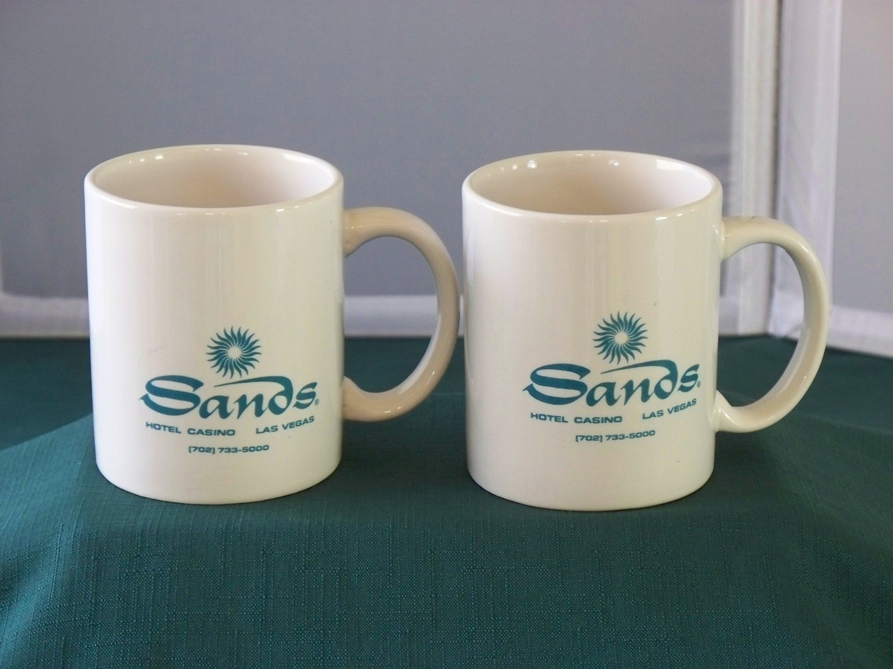Late Sands Hotel 12 Oz Mugs Very Good Condition Set Of Two